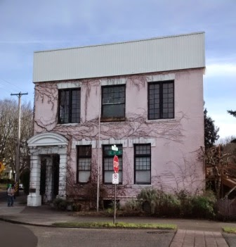 Building In U S Strret Corner That Looks Like A Castle