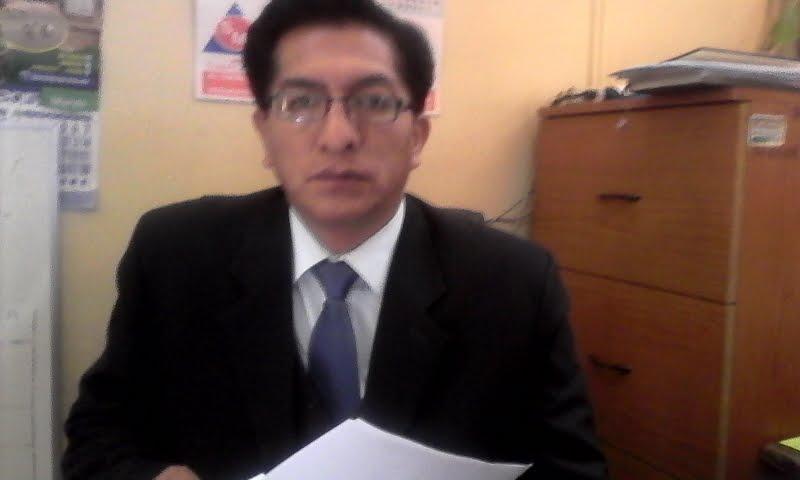 LUIS SALVATIERRA FUNCIONARIO  DISTRITO TAMBO