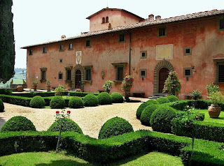 Tuscan villa formal gardens