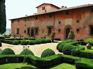Tuscan villa formal gardens
