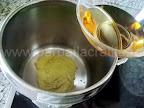 Gogosari in sos de mustar pentru iarna preparare reteta - turnam otetul
