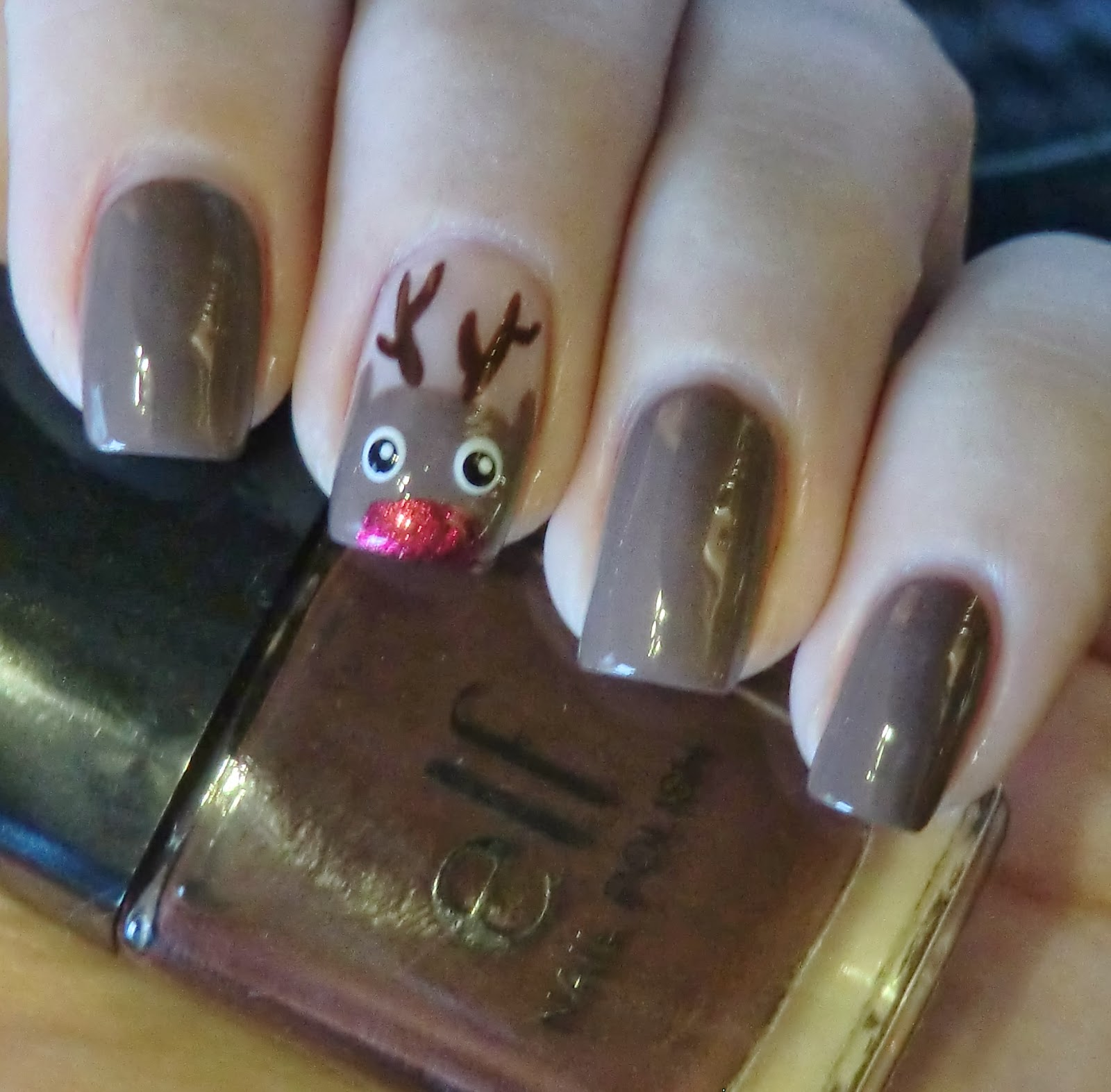 All Coloured Up Rain Deer Nail Art