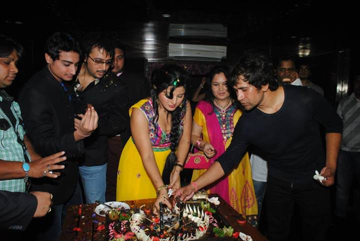Bhojpuri Actress Smriti Sinha Birthday Party Photos Pics amp Images