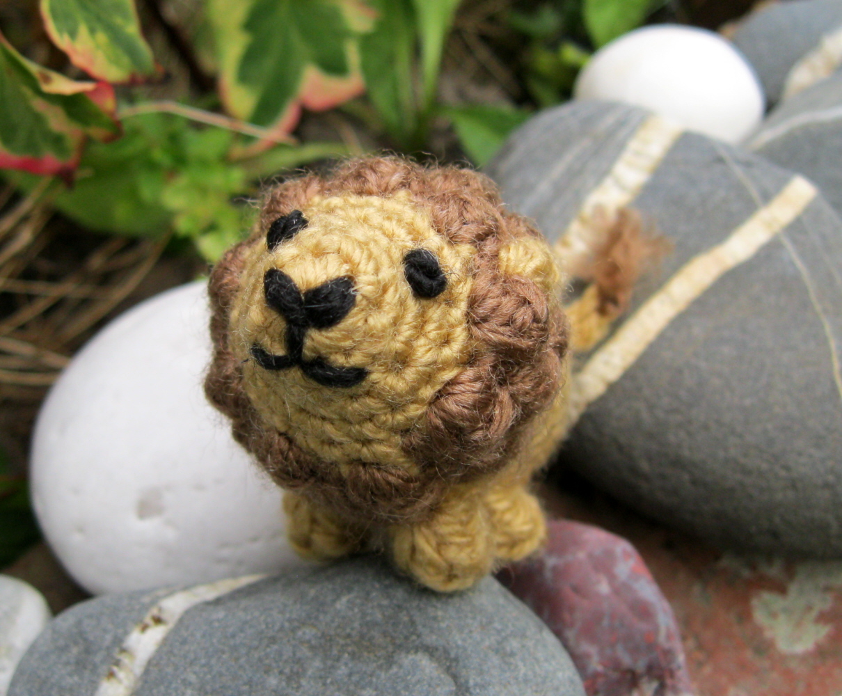 Free Amigurumi Lion Pattern : Lucyravenscar crochet creatures boris the tiny lion free