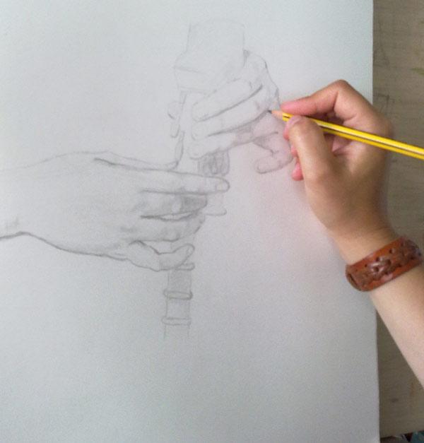 dibujando manos de Rigaud