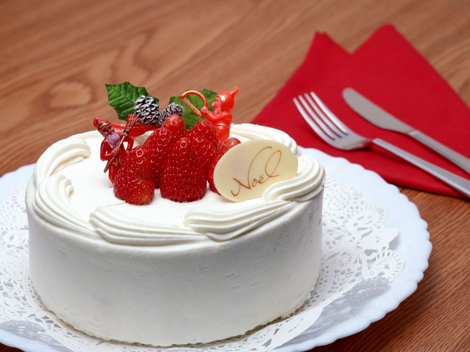 http://3.bp.blogspot.com/-cXCiQdkKElM/UNPtTBYXmjI/AAAAAAAAJHY/dfz7YTh7Obk/s1600/Noel-Christmas-Cake-276809.jpeg