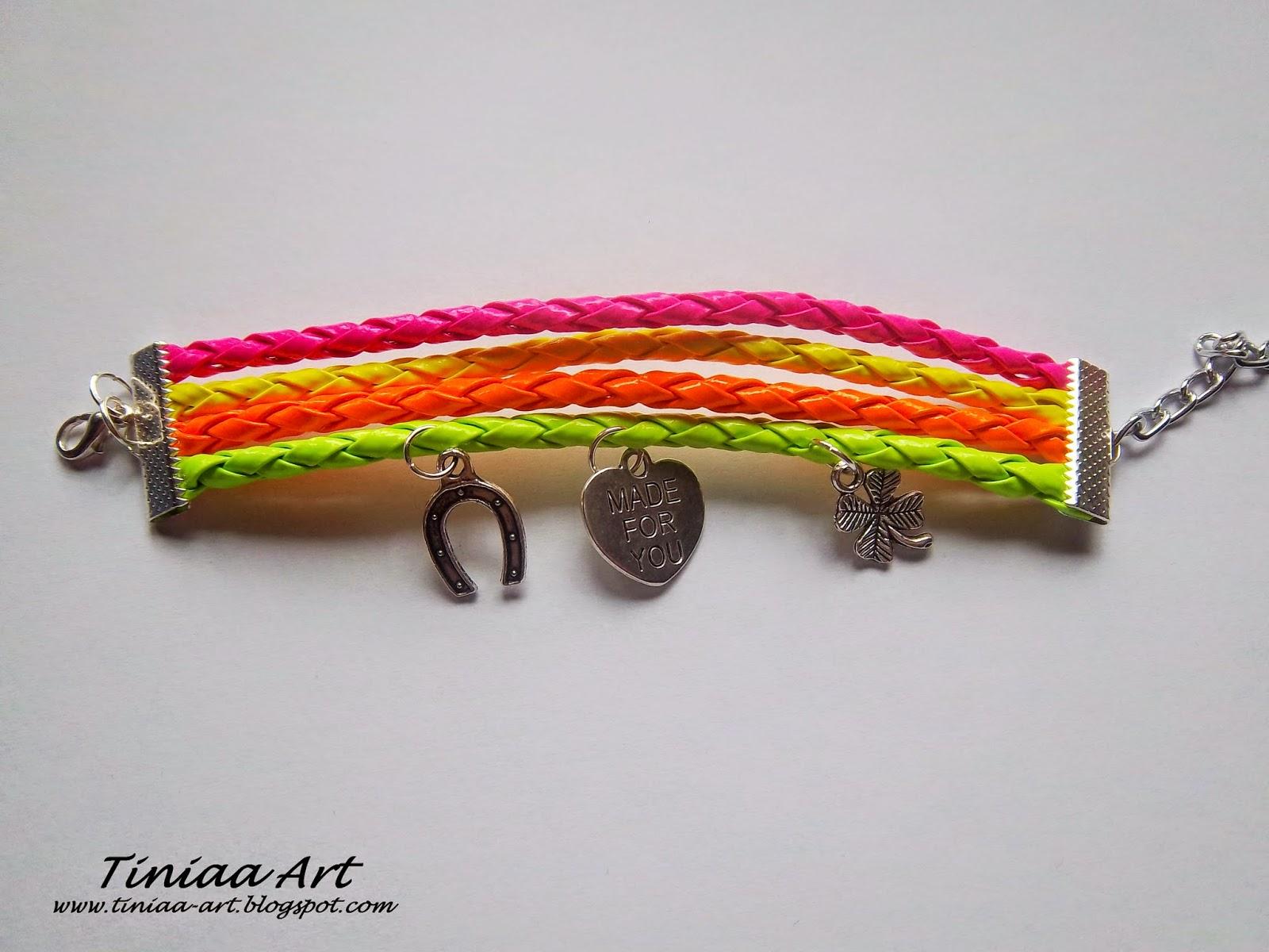 Neonowe bransoletki z rzemieni