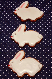 Easter spice biscuits in the shape of Easter bunnies