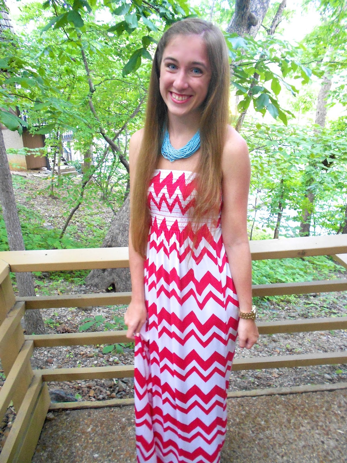 Chevron summer dress with big necklace