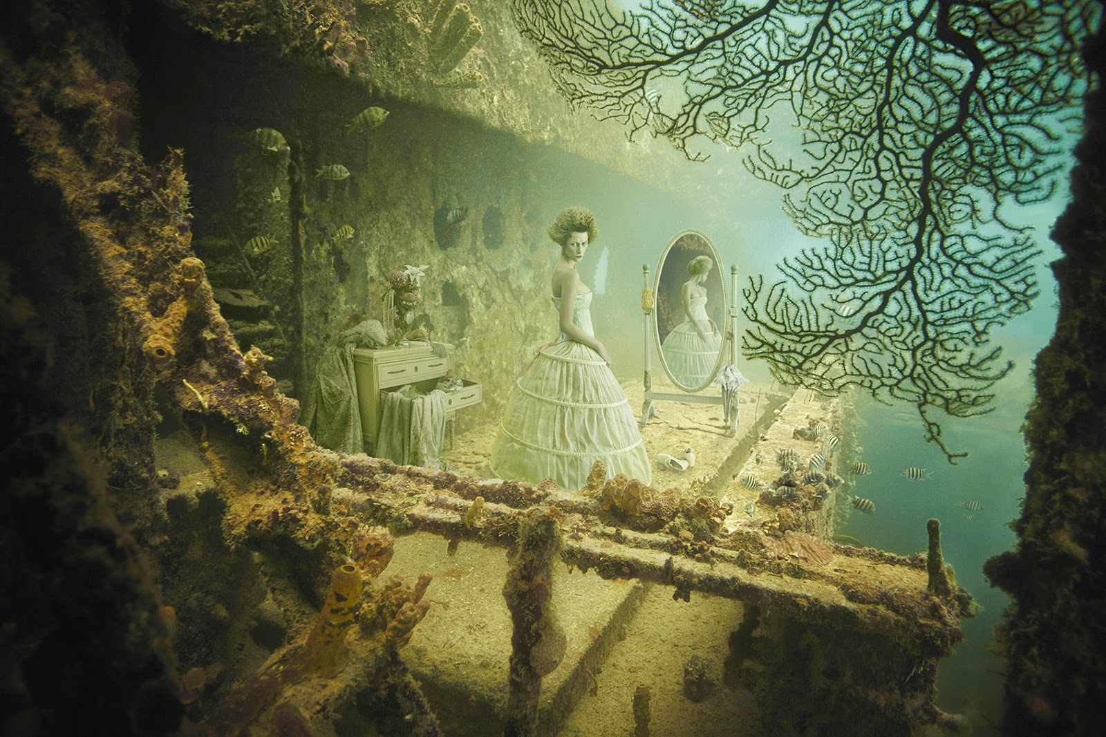 08-Andreas-Franke-Surreal-Artificial-Reef-Photography-www-designstack-co