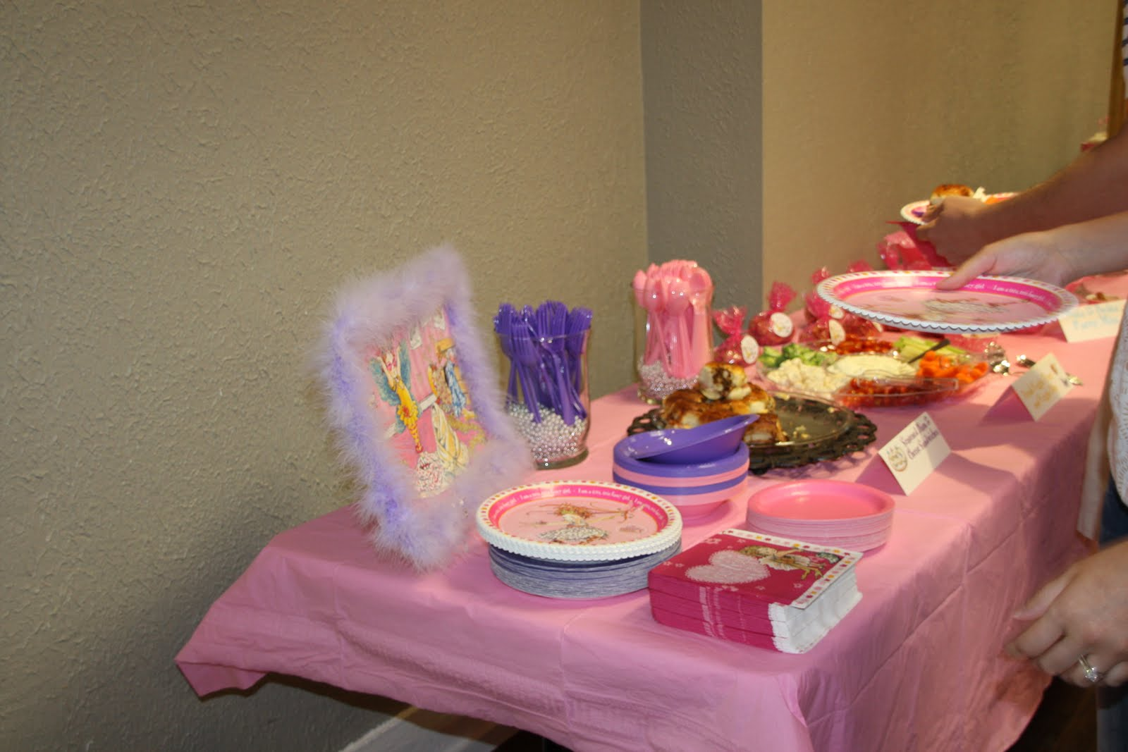 Emme Claire: Fancy Nancy Birthday Party Part 2