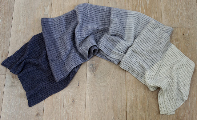 needles and lemons: Knitting - a finished Ombre cashmere scarf