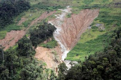 Rape of the land: Severely eroded slopes along the 23rd km to 27th km stretch of the Simpang Pulai- Cameron Highlands road.