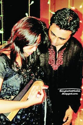 Bangladeshi Model Apurbo with new wife picture