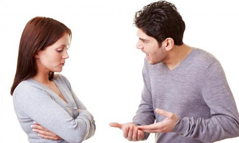 جمل وعبارات تجعل المرأة تنفر من الرجل وتكرهه...عليك بتجنبها - رجل يصرخ فى امرأة - man yelling at woman
