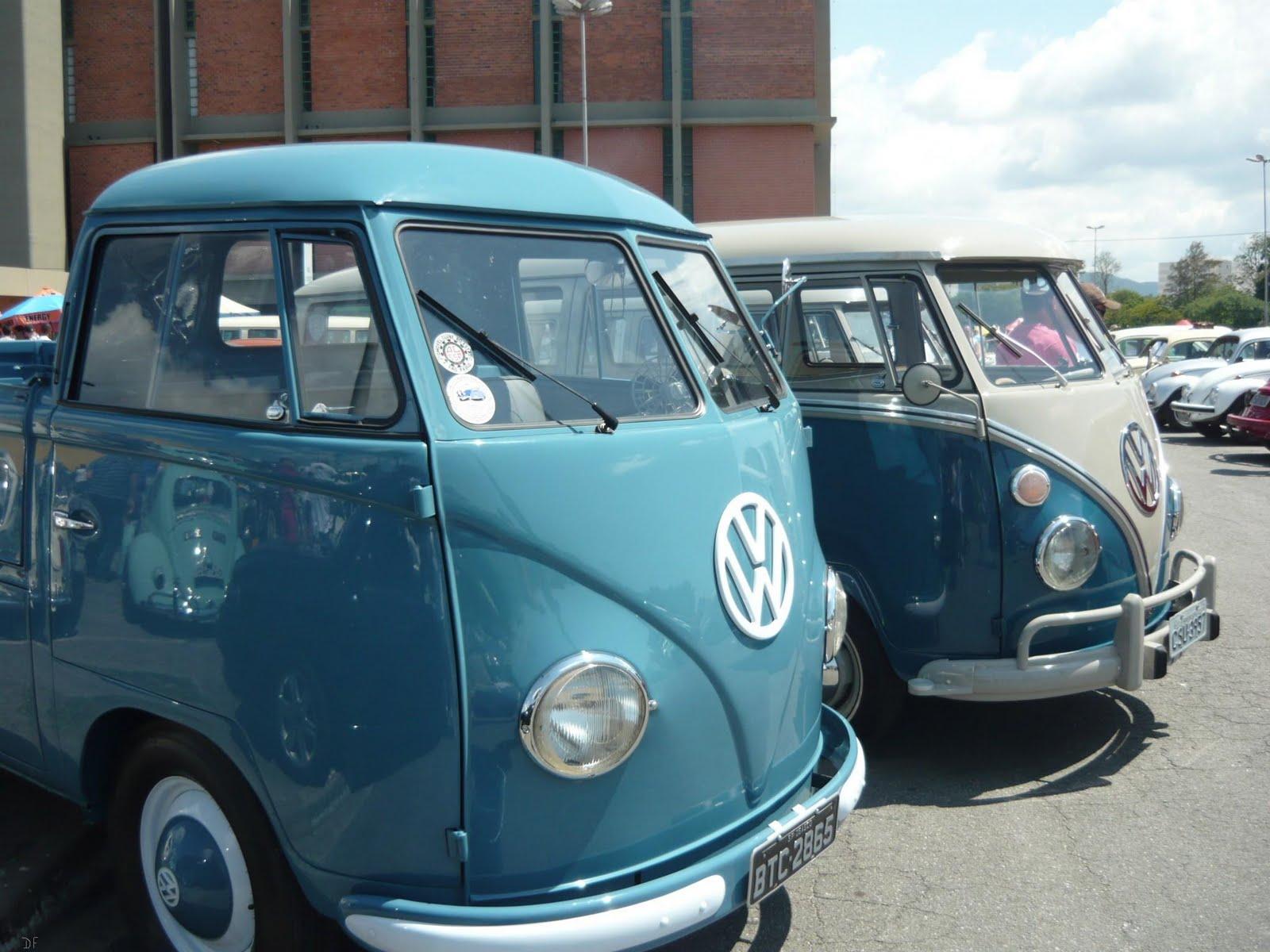 #398092 entre os dois modelos: a ausência da entrada de ar acima do vidro  180 Janelas De Vidro Mogi Das Cruzes