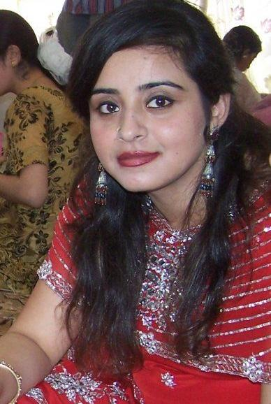 Pakistani Unseen Beautiful Models Images (19)
