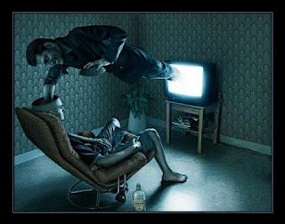 la television te como la cabeza_de caja tonta nada