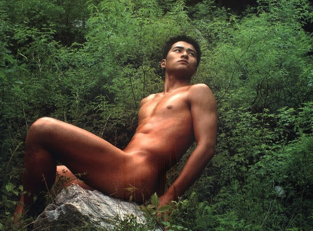 http://gayasianmachine.com/naked-asian-hunks-chinese-hunk-michael/