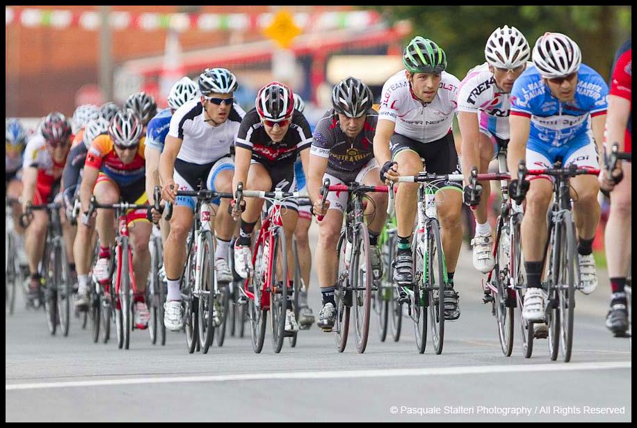 Les mardis cyclistes june 14 2011 martin gilbert wins for Le miroir du cyclisme