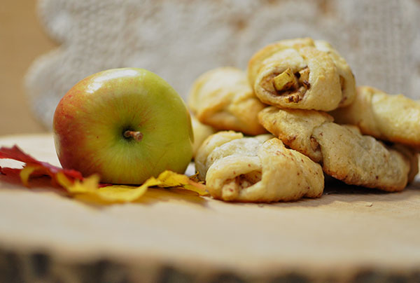 Mini Apple Pie Bites, how to make apple pie easy