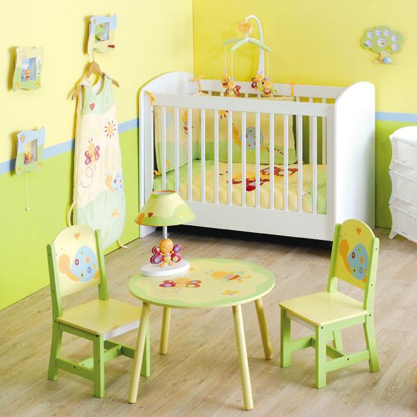 Toutes refections de b timents rideaux draps chambres for Chambre de bebe mixte