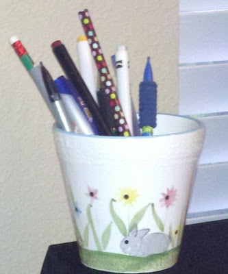 Fern Smith's Classroom Ideas - Repurposing a Flower Pot to be a Cute Pen Holder!
