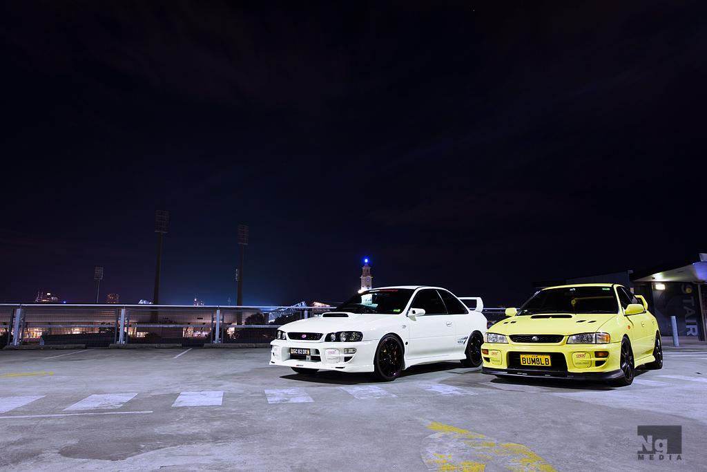 Subaru Impreza GC, japoński sportowy samochód, motoryzacja, jdm, zdjęcia, fotki, photos, tuning, nocna fotografia, samochody nocą, po zmroku, auto, kultowy