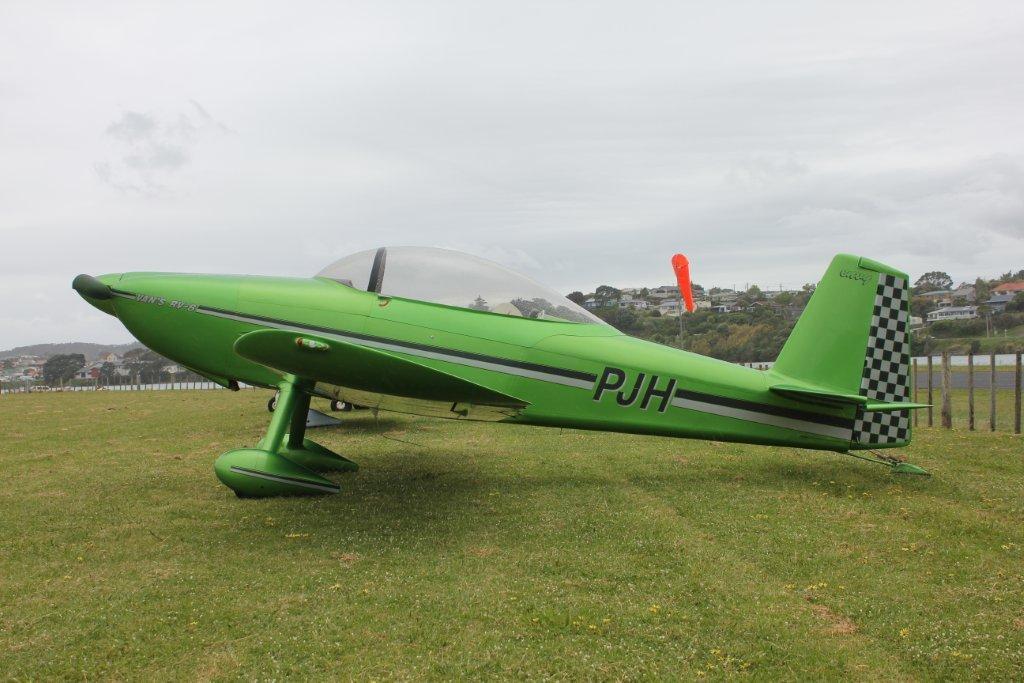 3rd Level New Zealand Raglan S Black Sands Fly In