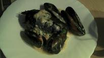 Mejillones con salsa de bacalao ahumado...