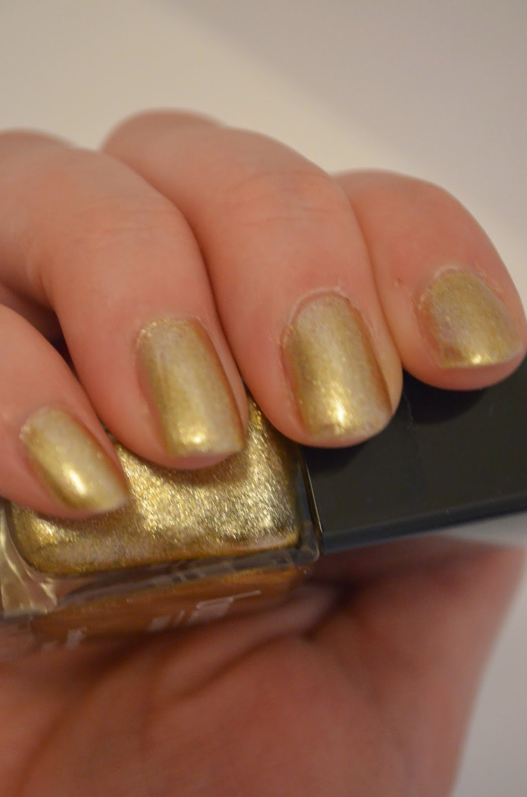 Butter London Gold Nailpolish