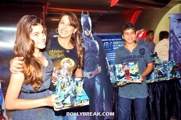 Pooja Bedi - (2) - Bollywood & TV Celebs at the Premiere of 'The Dark Knight Rises'
