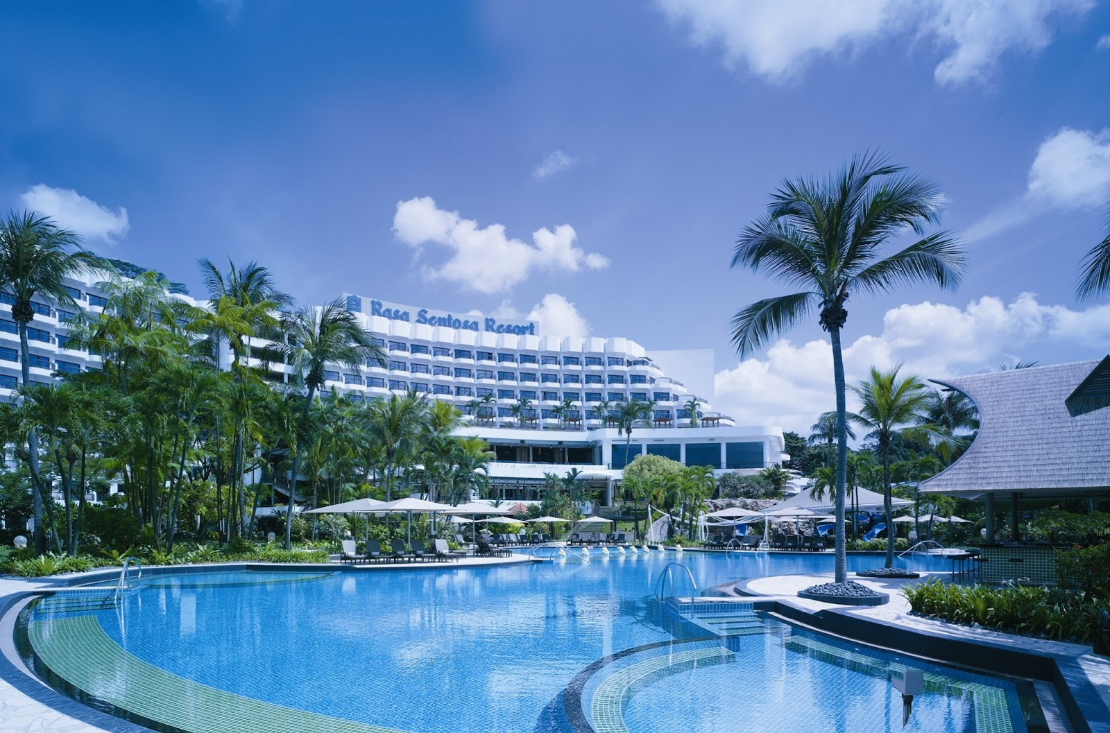 Shangri La Hotel Luxury