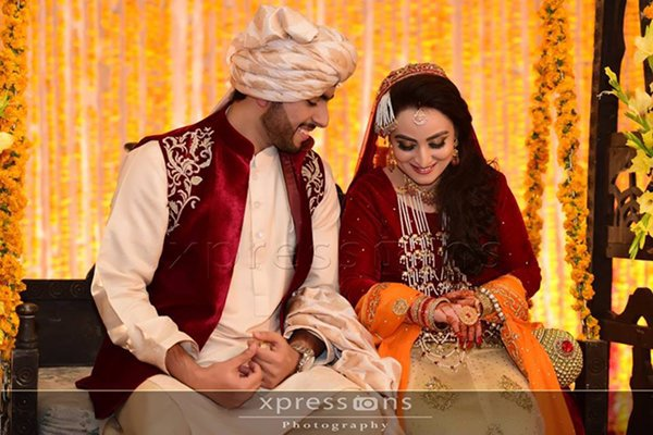 Mehndi Wedding Dresses 2016 : Latest mehndi dresses for male and female 2016 collection l bride