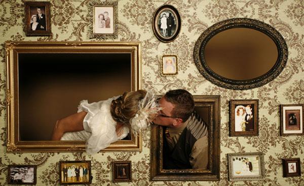 photo booth per intrattenere gli ospiti a un matrimonio