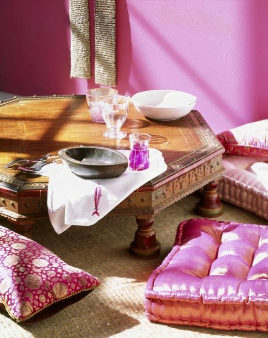 تصميمات رائعه لغرف المعيشه المغربيه  Exquisite-moroccan-dining-room-designs-34-554x697