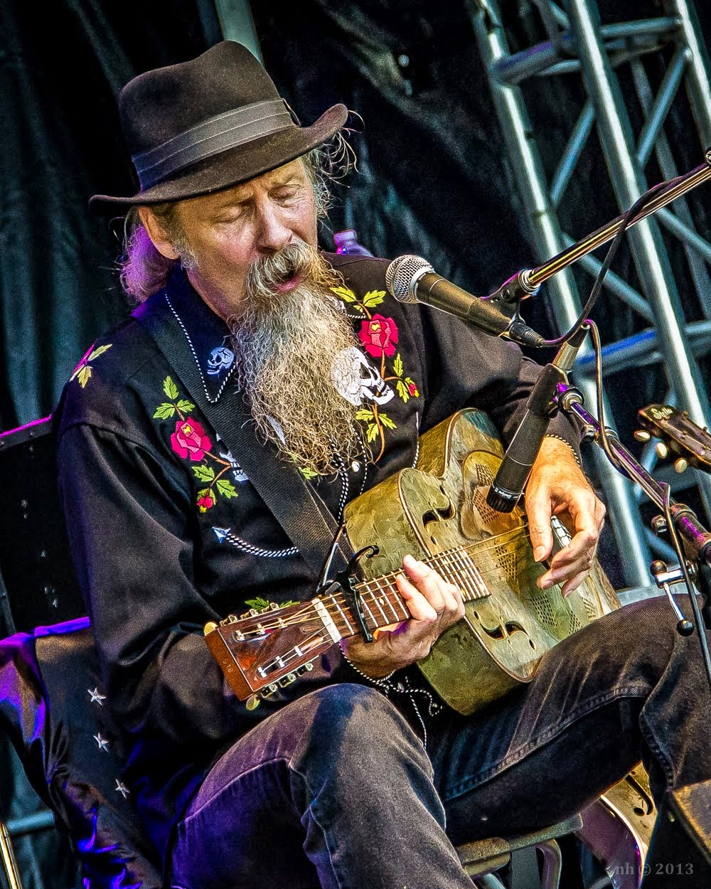 Doc MacLean, performance