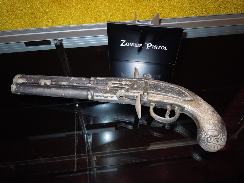 Zombie pistol Pirates of the Caribbean 4