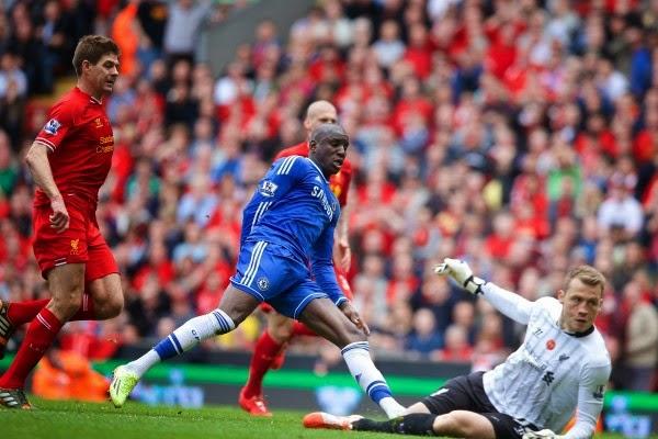 El Chelsea gana en Anfield y complica el título a los reds