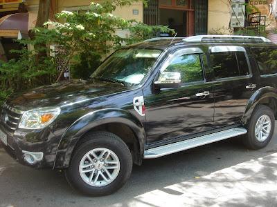 Cho thuê xe Ford Everest dài hạn