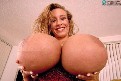 big tits goth chicks