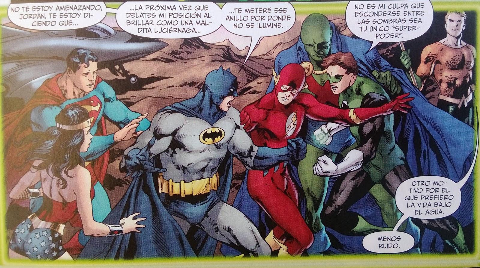 Batman y Linterna Verde dándose caña