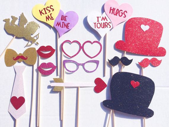 Außergewöhnlich The 14 Piece Glitter Valentineu0027s Day Photo Booth Props Are Perfect For Kids  And Adults! Made From Glittery Card Stock And Glitter Foam.