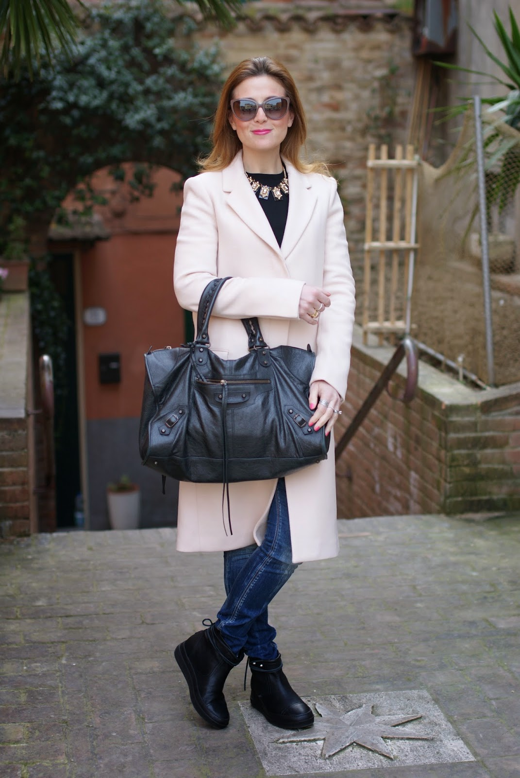 Balenciaga work bag, Zara pink coat, Ruco Line boots, Fashion and Cookies, fashion blogger