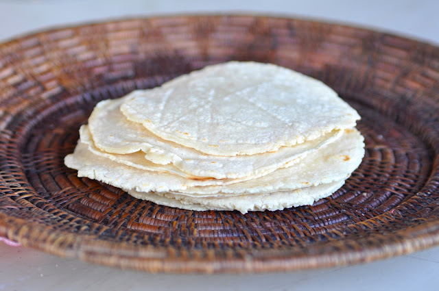 Two Blue Lemons: Homemade Corn Tortillas