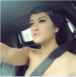 Julia Perez kantoi tak berbaju ketika memandu, info, terkini, hiburan, artis indonesia, julia perez, sensasi, gosip, kontroversi