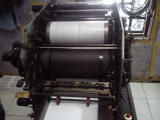 cara mencetak menggunakan mesin offset
