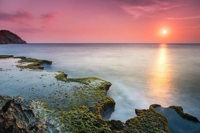 Mặt trời dần lên - Ảnh: Minh Le