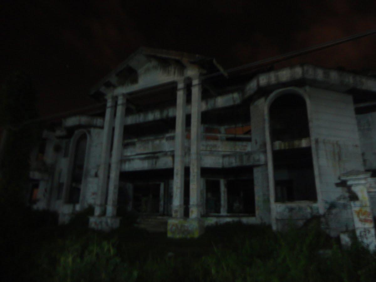 Lokasi: Jln. Metro Pondok Indah, Jak-Sel