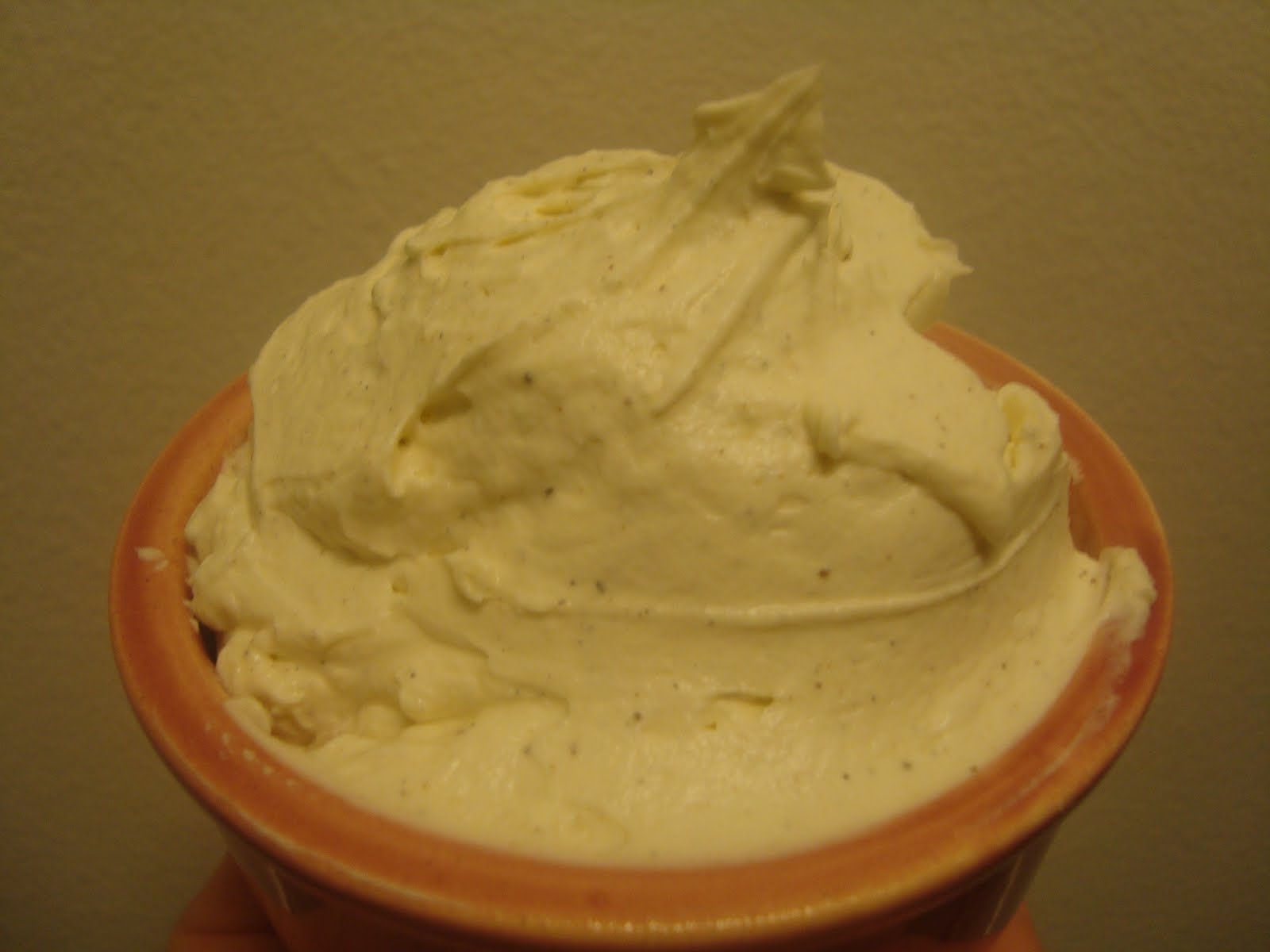mascarpone frosting greek yogurt frosting a healthy frosting